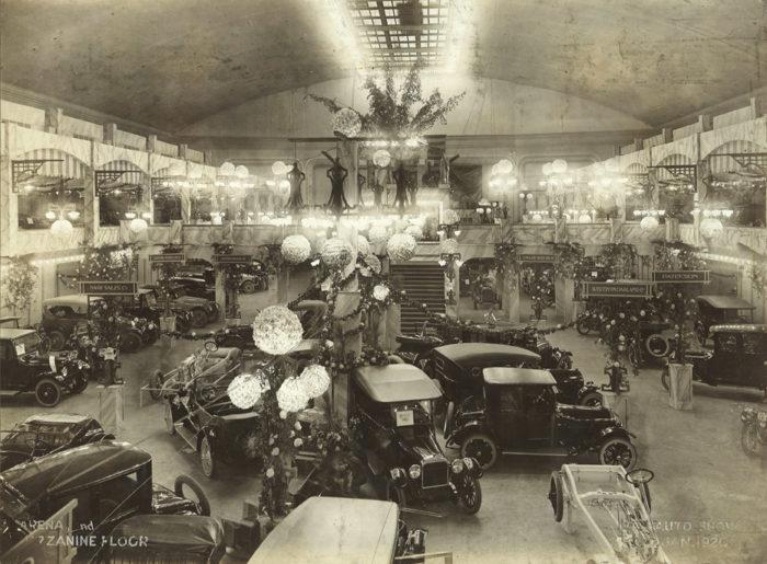 1920 Auto Show